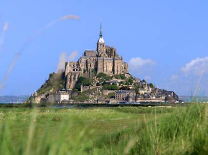 {#Mont_Saint_Michel_bordercropped.jpg}