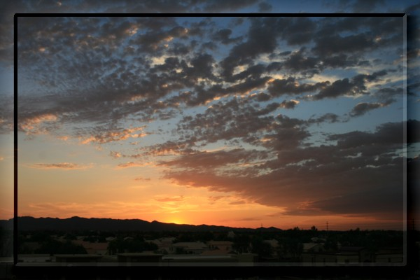 {#sunset07a.jpg}