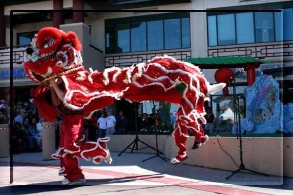 {#lion dance01-1a.jpg}