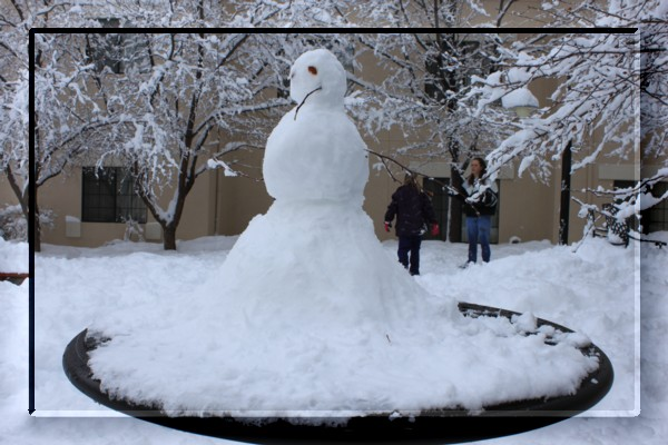 {#snow man00a.jpg}