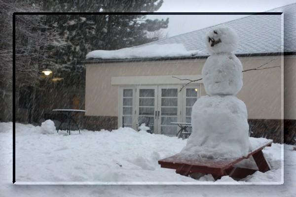 {#snow man02a.jpg}