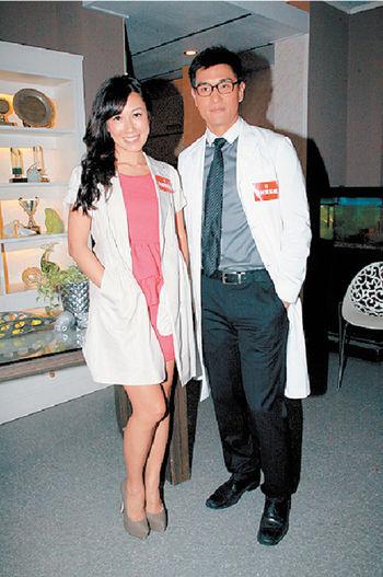 陳展鵬在跟李詩韻合作的新劇《情越海岸線》再擔正。