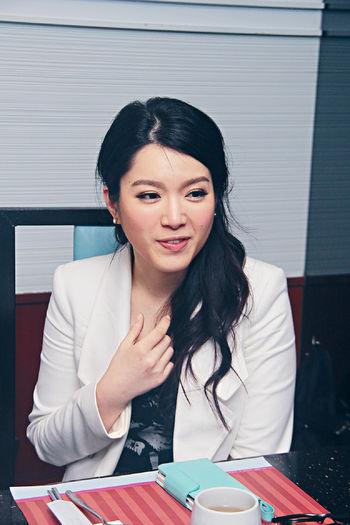 苟姑娘被指介入郭富城和熊黛林戀情,她大感無奈。